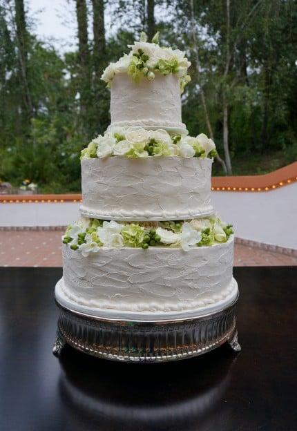Rancho Las Lomas Wedding Cake