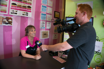 CBS News Channel 2 at Pattys Cakes