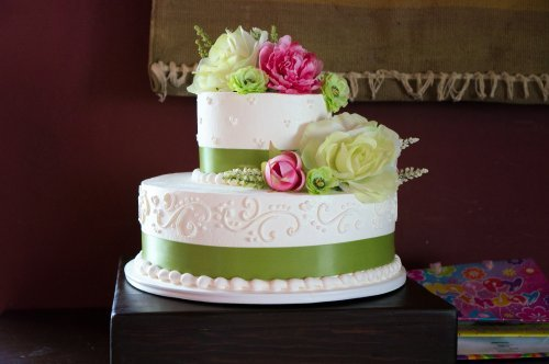 Green White Wedding Cake 2 Tier