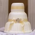 hotel fullerton wedding cake