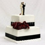 wedding-cake-2-tier-secret-agents-holding-guns