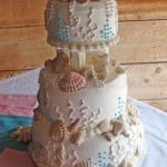 wedding-cake-with-sea-shells