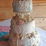 wedding-cake-with-sea-shells