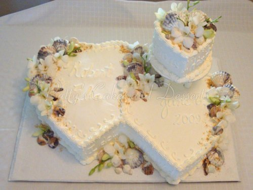 heart shaped wedding cakes gorgeous shaped wedding cakes 15162