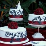 wedding-cake-red-ribbon-round-black-design