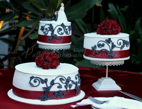 Wedding Cake Red Ribbon Round Black Design