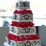 wedding-cake-white-black-red-flowers-4-tiers-square