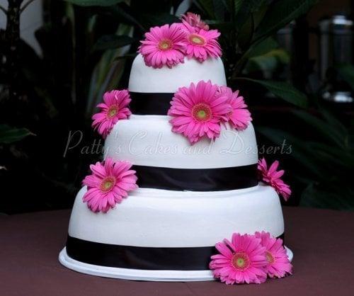 Wedding Cake White Pink Gerber Daisey Black Ribbon Round