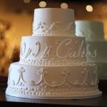 white round wedding cake