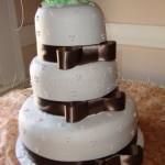wedding cake brown ribbon