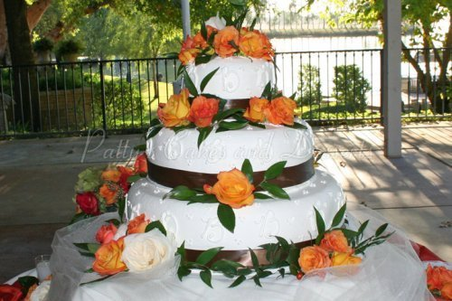 Wedding cakes with flowers Archives - Patty\'s Cakes and Desserts