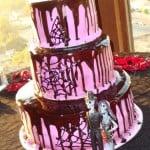 wedding-cake-halloween-gothic-purple-chocolate