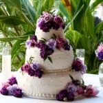 wedding-cake-purple-flowers-round