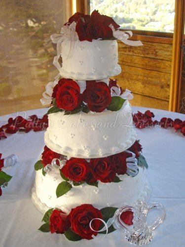 wedding cake with fresh red roses wedding cakes archives patty s cakes and desserts 26895