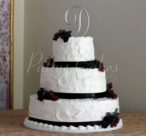 Square Wedding Cake With Grapes