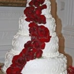 wedding cake nixon library red roses