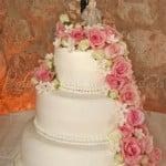 wedding cake fresh flowers cake top