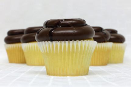 29-cupcake-eclair