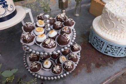 NancyL-cake-ball-stand
