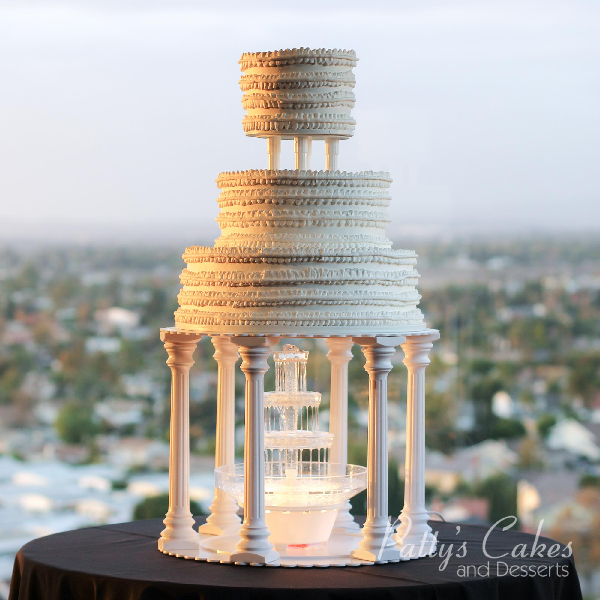 fountation-wedding-cake