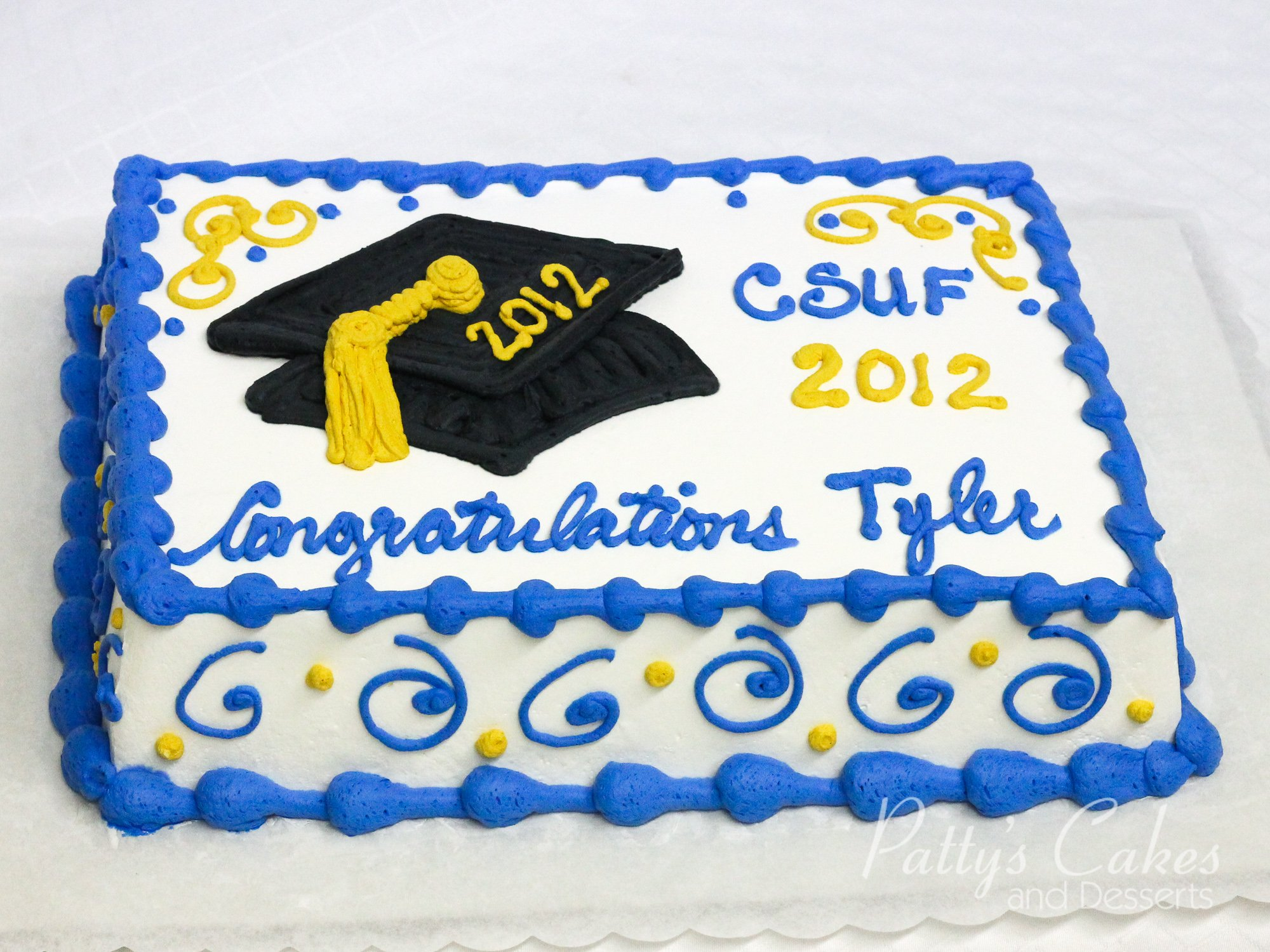 Photo Of A Graduation Cake Csuf Patty S Cakes And Desserts