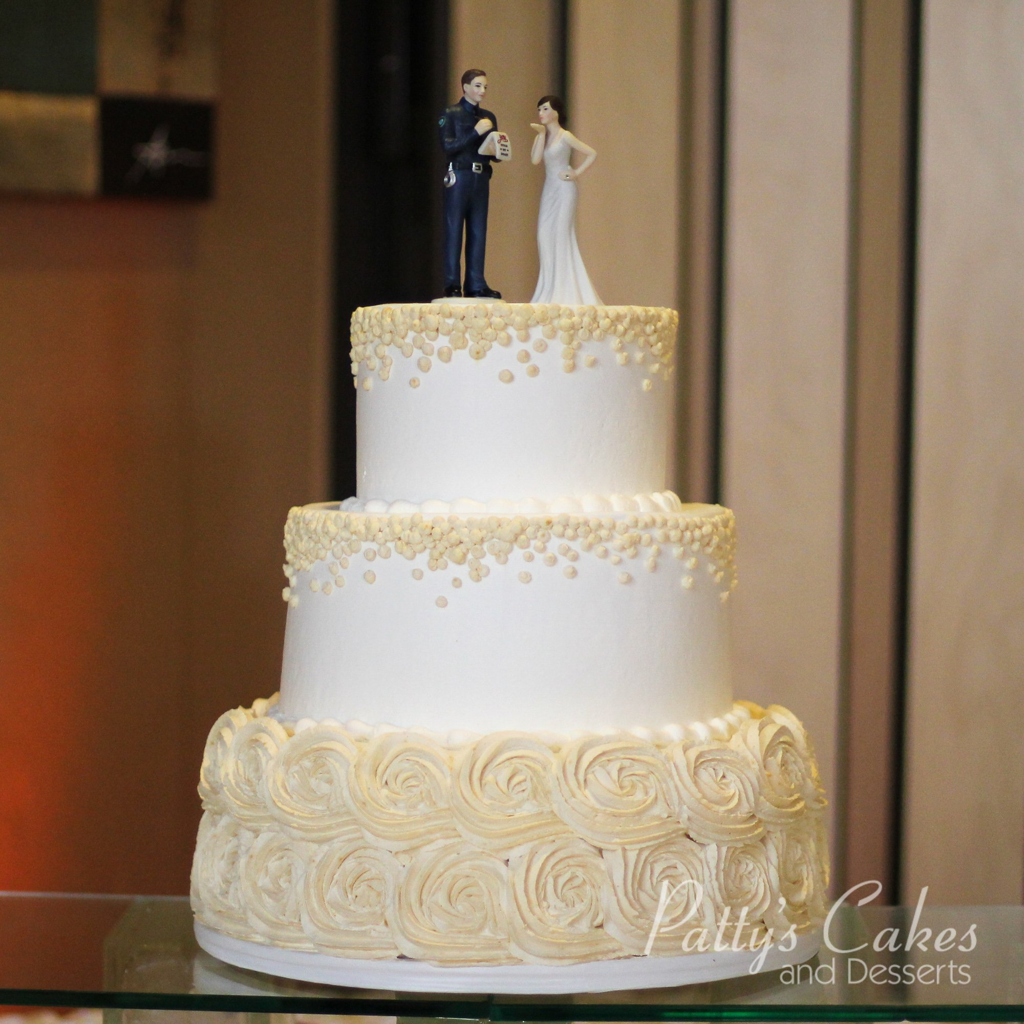 Photo Of A Off White Rosette Wedding Cake Patty S Cakes