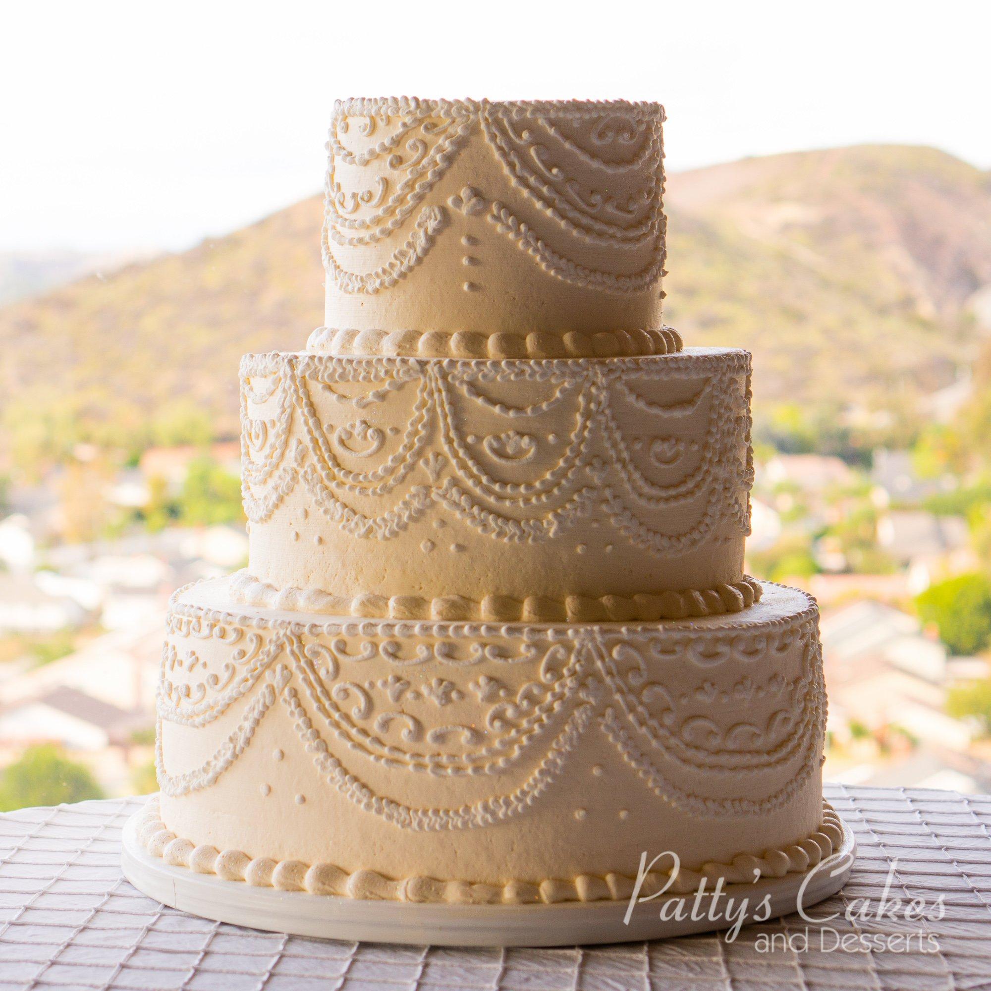 Wedding Cake Photos: Photo Of A Off White Wedding Cake