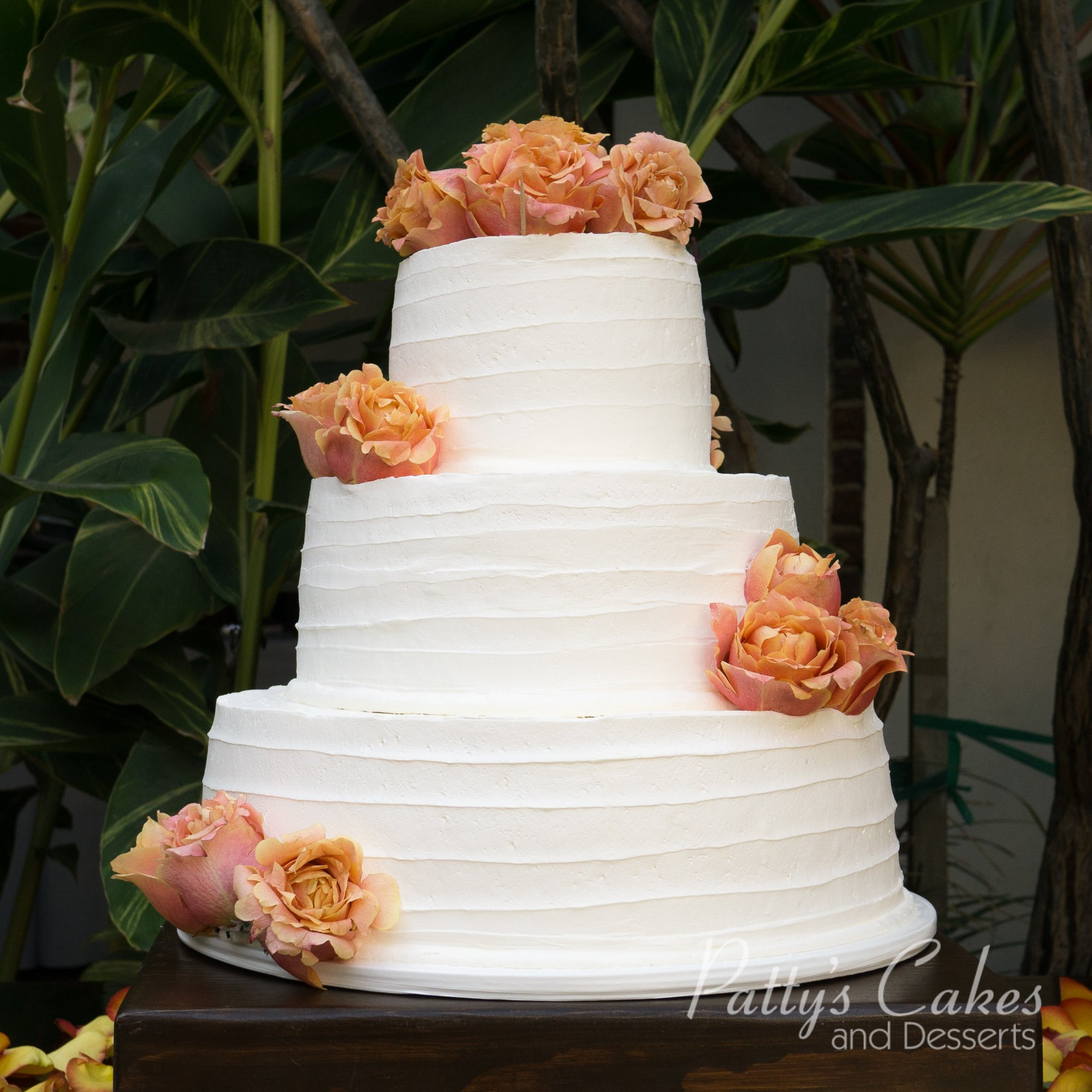 Photo Of A Simple Texture Wedding Cake
