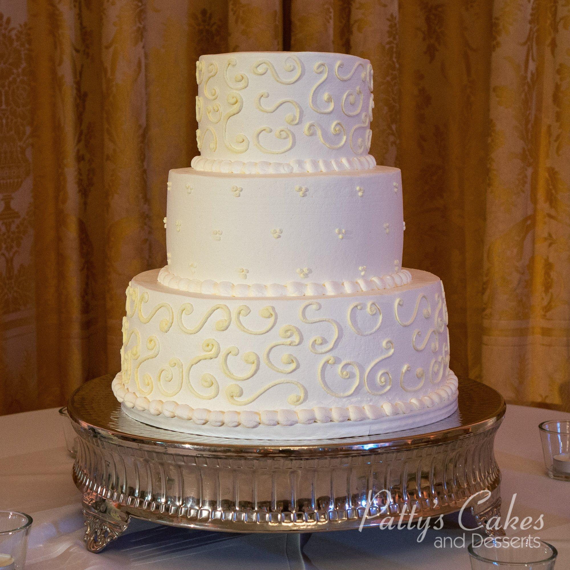 Small Wedding Cakes: Photo Of A Small Wedding Cake