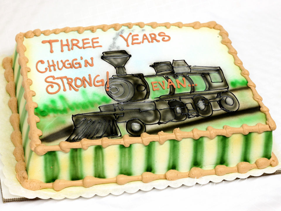 Terrific Photo Of A Train Birthday Cake Pattys Cakes And Desserts Funny Birthday Cards Online Fluifree Goldxyz