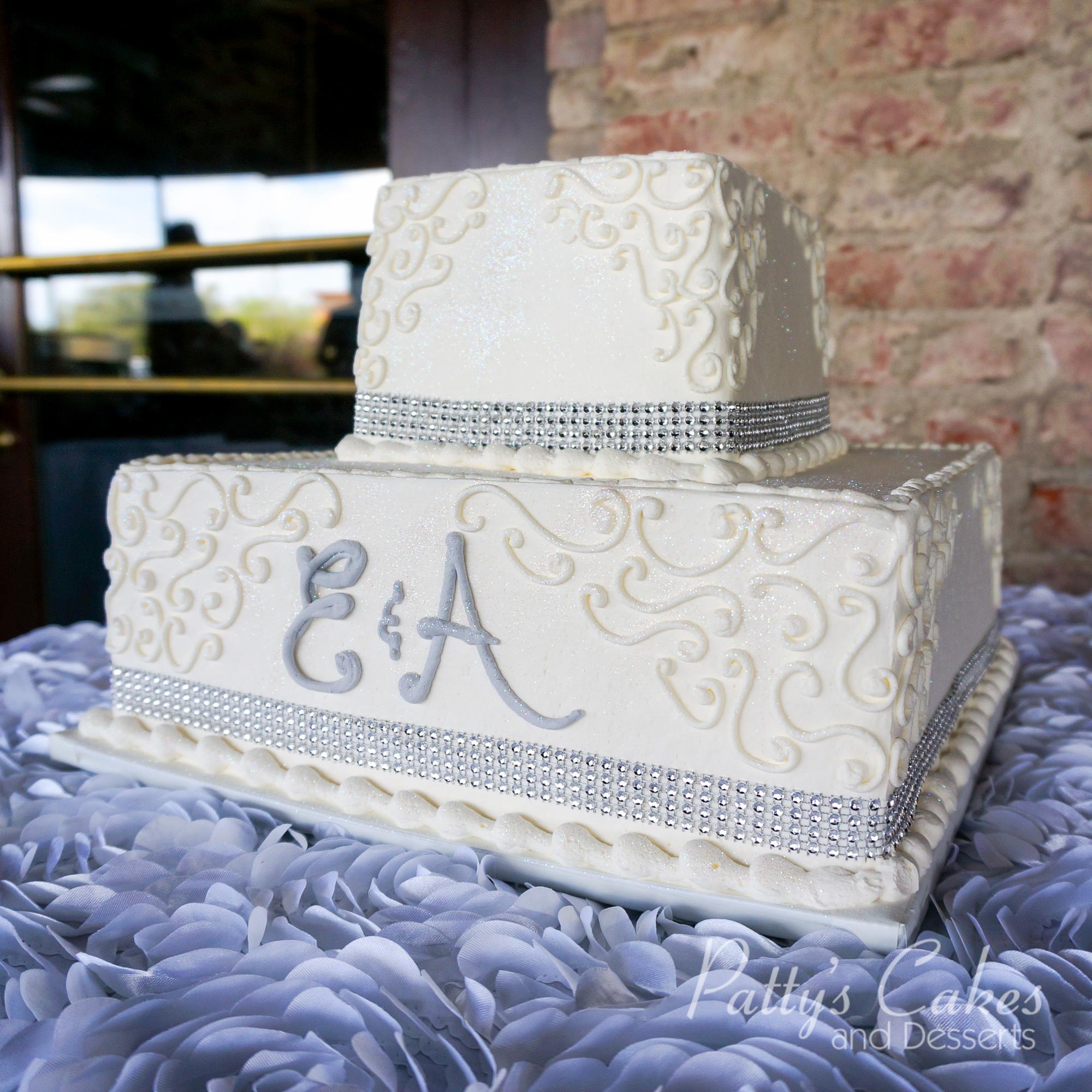 wedding-cake-2-tier-square-gray
