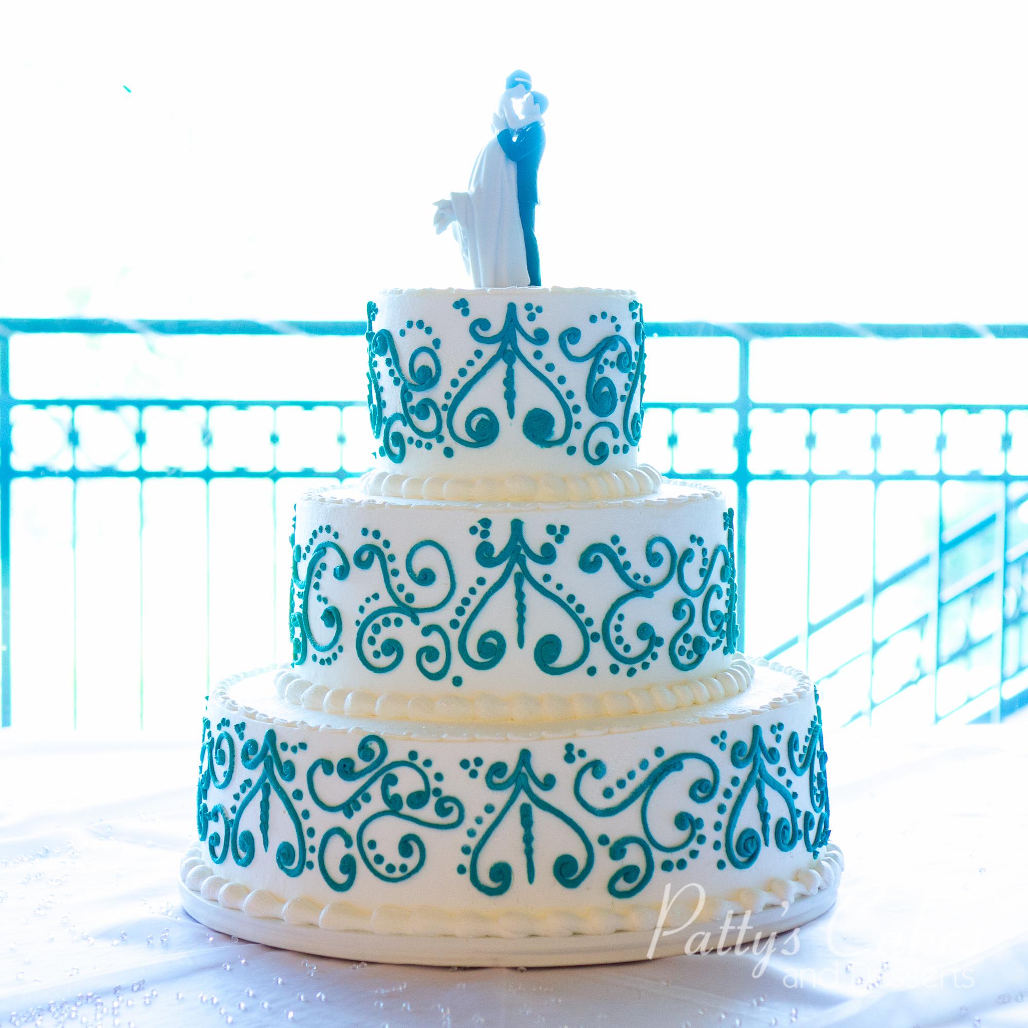 wedding-cake-damask