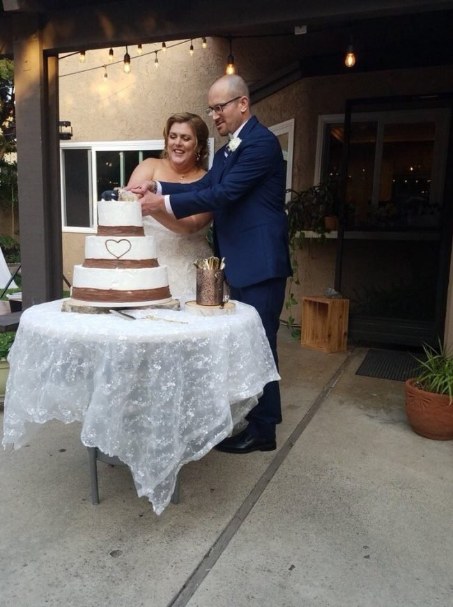 Reviews Of Cakes Wedding Cakes Cupcakes And Customer
